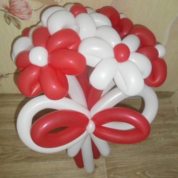 ромашки из шаров